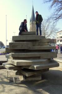 Hoch hinaus: Benjamin Bergmann auf dem Rikus-Brunnen