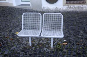 Stühle im Stadtraum von Paderborn