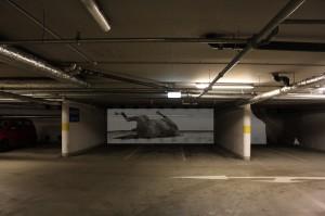 Montage der Videoarbeit im Parkhaus des St. Vincenz-Krankenhauses (Bild und Montage: Claudia Brieske)